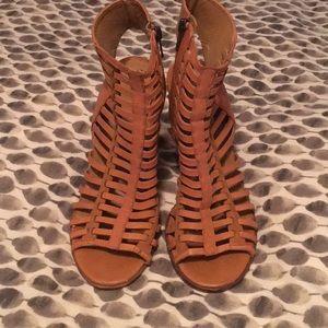 Dolce vita really heels